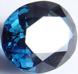 7.21 carats untreated blue sapphire gemstone, transparent gems, exclusive loose faceted sapphires, gemstones shopping