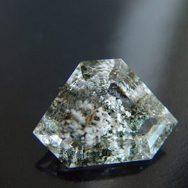 Quartz inclusions, Madagascar mineral, gemstone information data